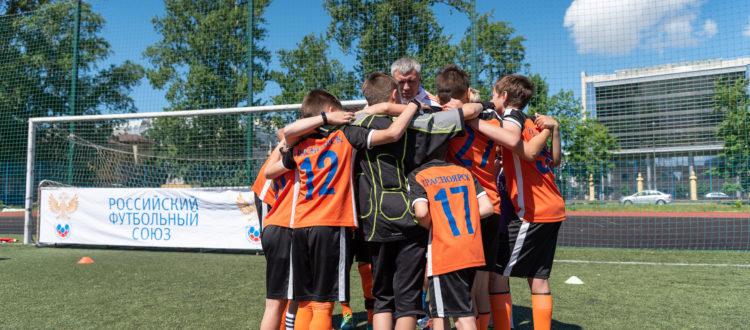 ФК «Тотем» провёл товарищеский матч с командой Санкт-Петербурга