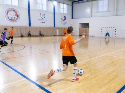 В ФСБ отметили свой праздник футбольным матчем