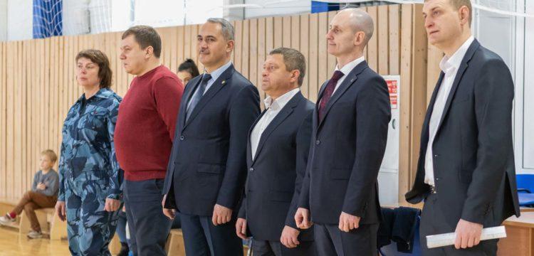 Матч ФК «Тотем» и команды СибЮИ МВД России, посвященный Дню полиции